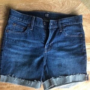 LIKE NEW Gap Denim Shorts - sz 25